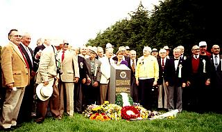 1994 - Veterans at the 489th Memorial