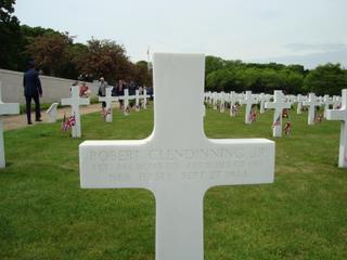 Robert Clendenning Jr., 1 Lt, 846th Bomb Squadron, 489 Bomb Group (H), New Jersey - Sept 27 1944