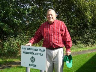 489th Veteran Bob Carlton - September 2008