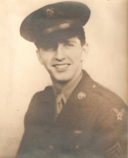 489th - Ralph Belward, Co-Pilot, 846th : photo 1942